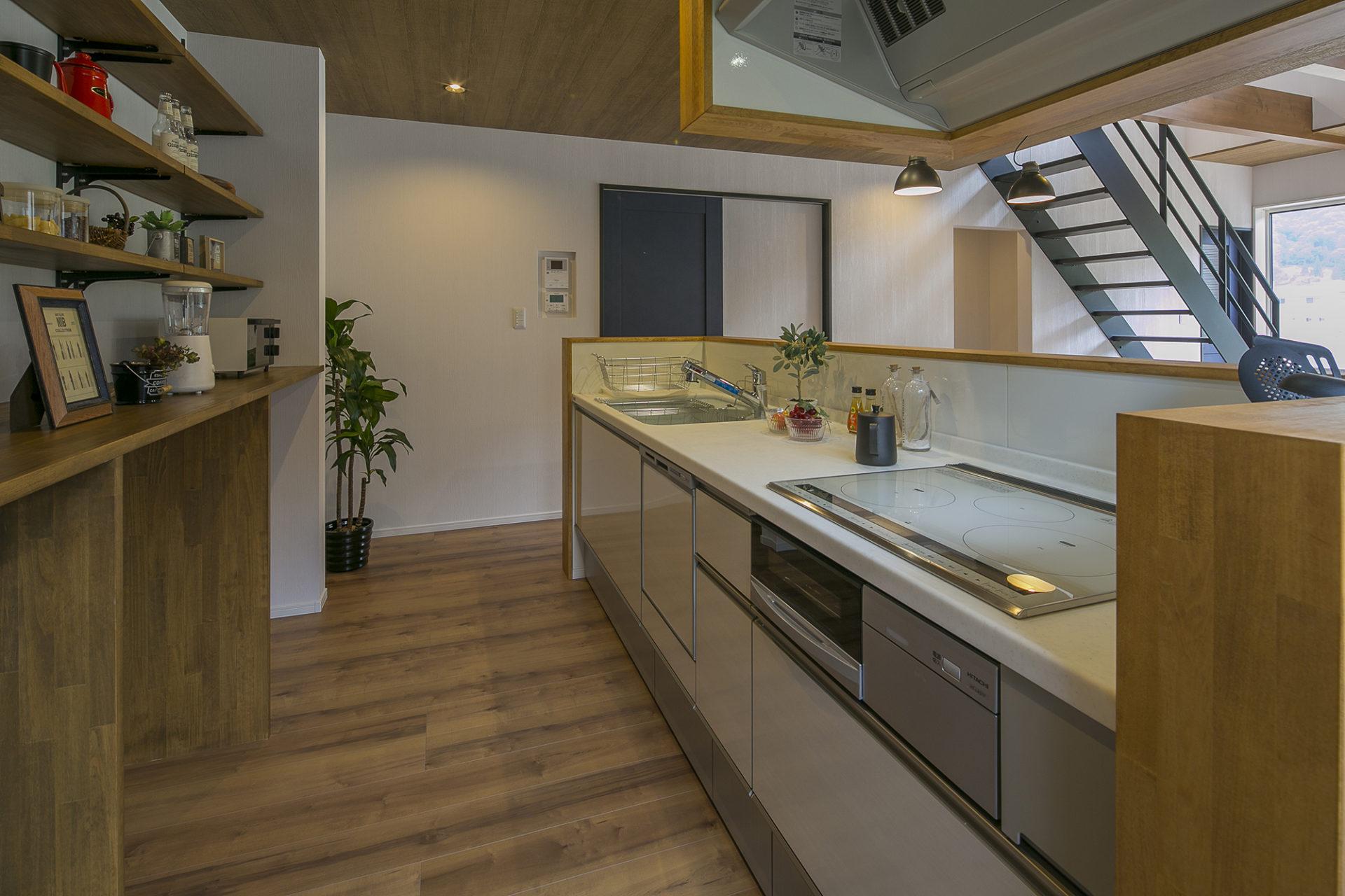開放たっぷり、住むより楽しむ家9