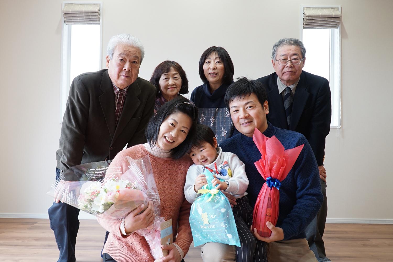 日々のシーンに合わせて、家族の居心地を追及した家1