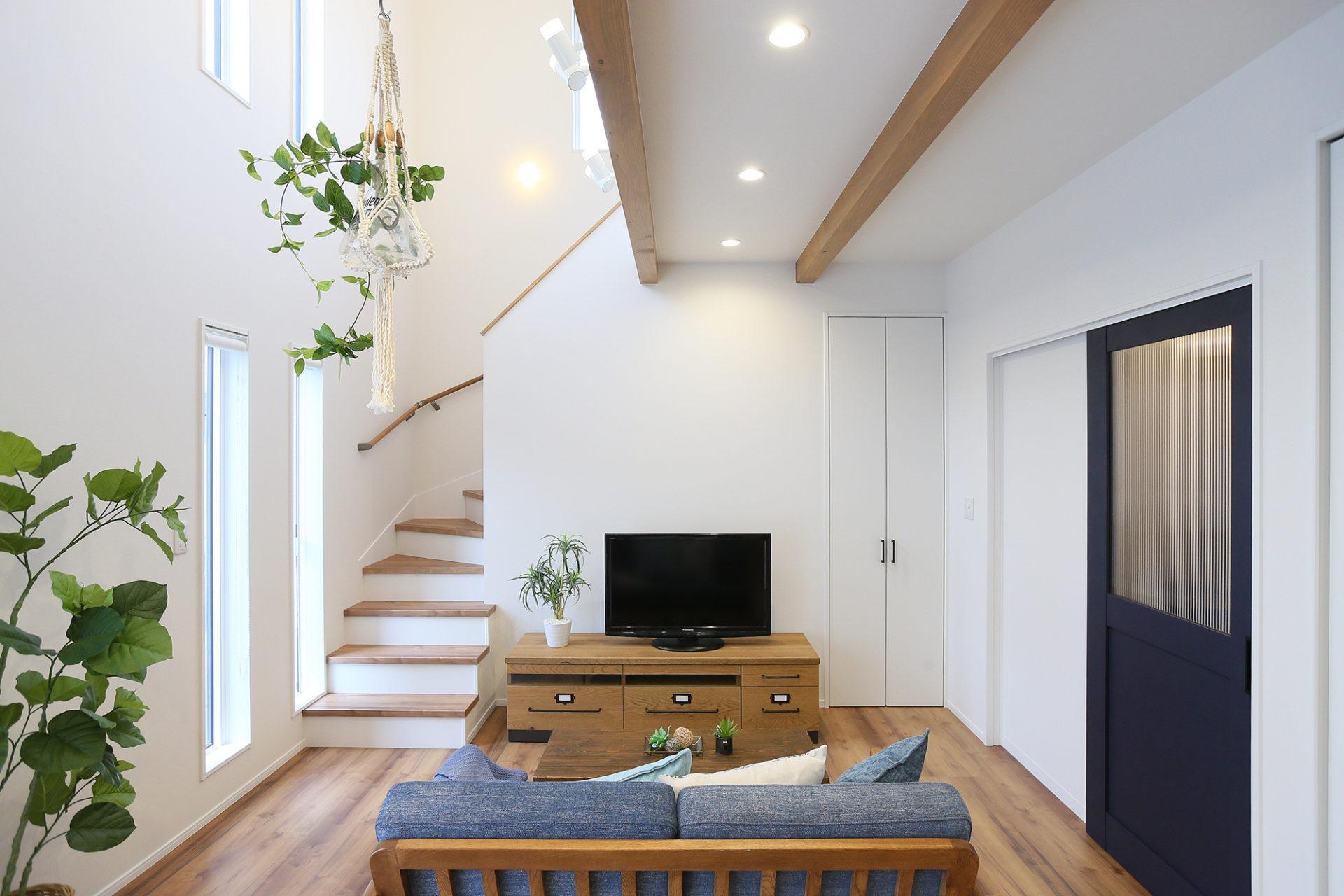 Shiawaseya-笑顔あふれる 幸せな毎日が過ごせる中野市の家
