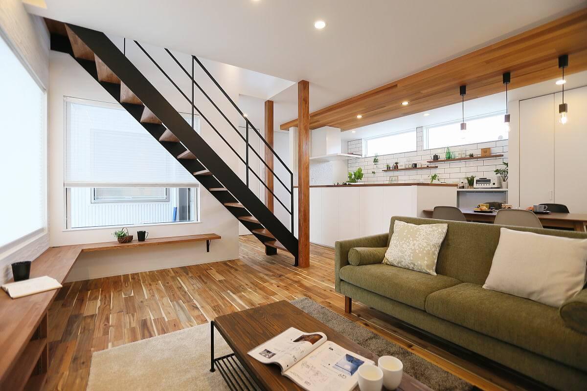"Shiawaseya-設計士""Y""の長野市の家"