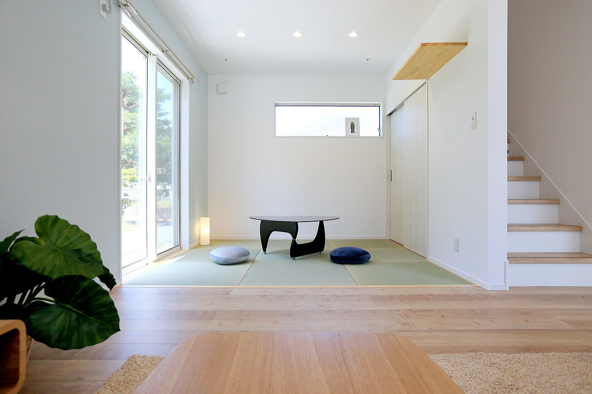 色で遊ぶ 爽やかなブルーのかわいい家4