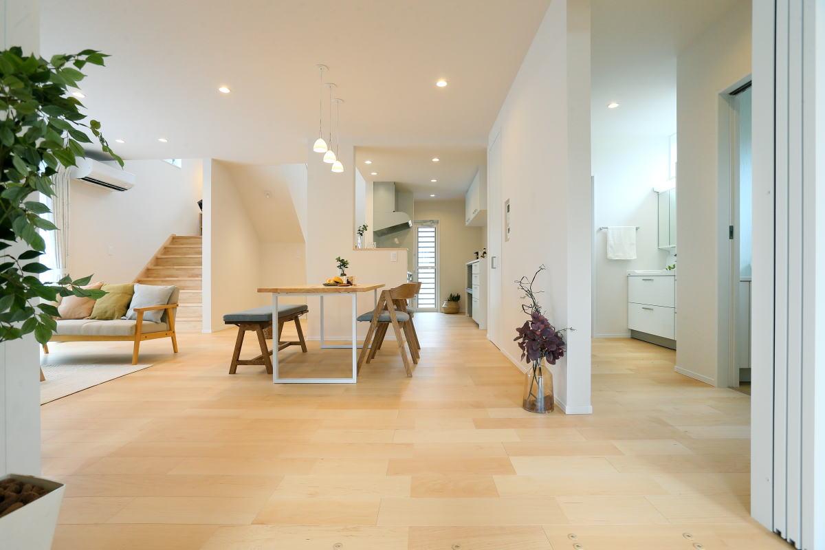 遊び心いっぱい♪広々階段のある長野市の家2