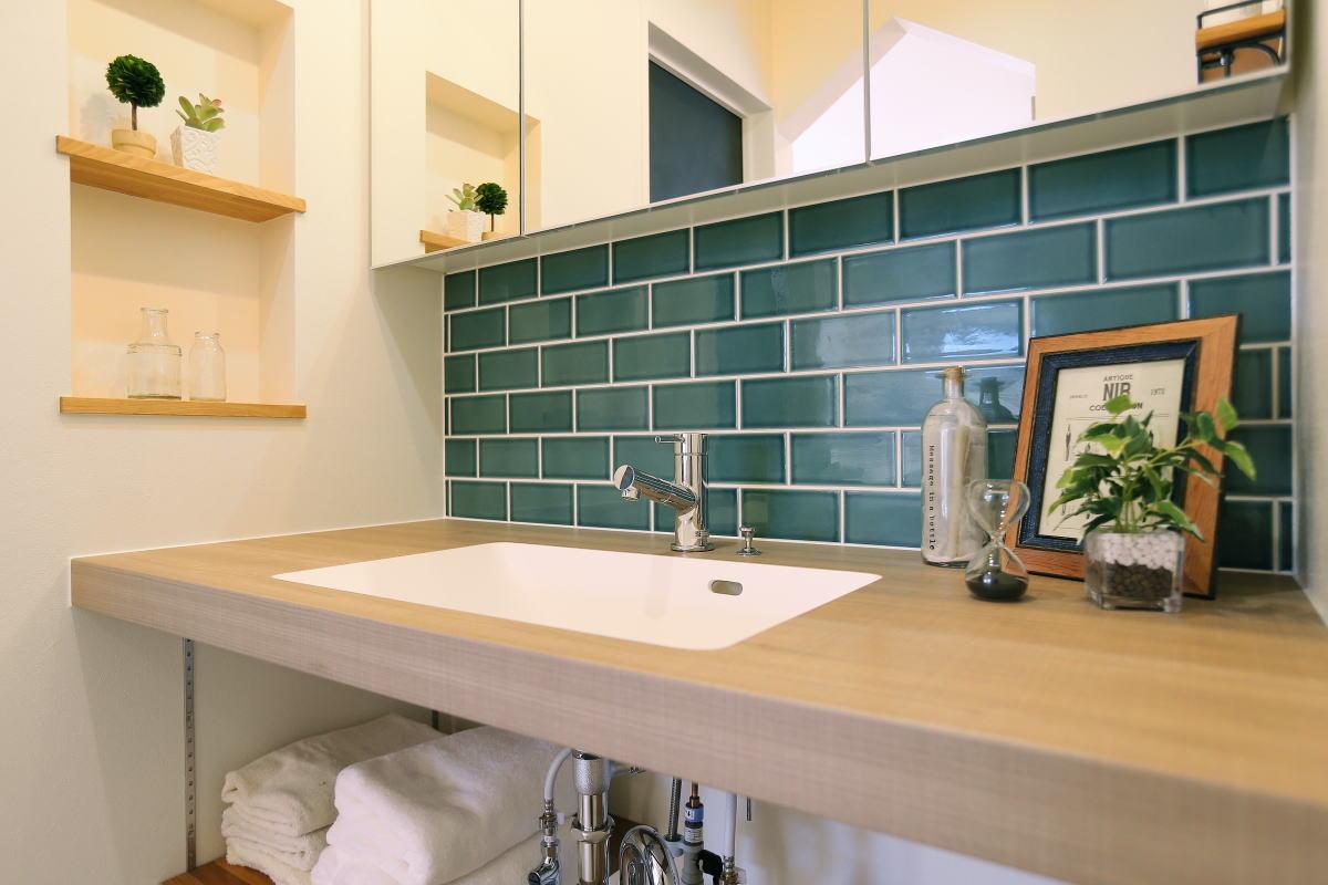 コの字型キッチンが家族の暮らしを彩る千曲市の家6