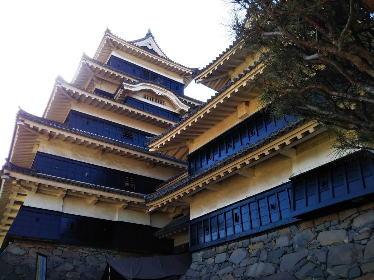 Shiawaseya-国宝 松本城