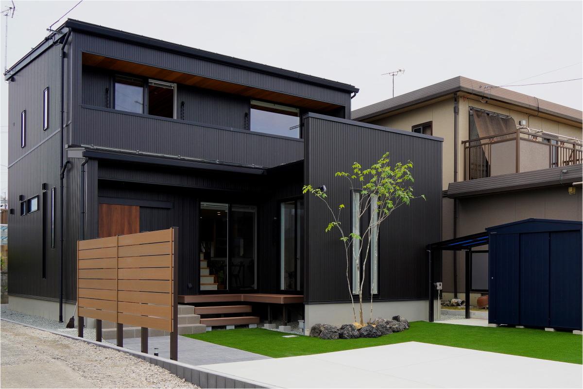大きな吹き抜けのある長野市の家10